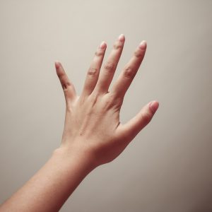 リウマチの手のこわばり
